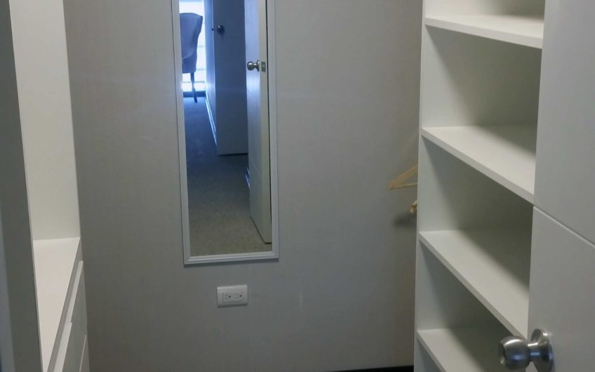 DEPARTAMENTO FLAT VILLAVERDE - walking closet