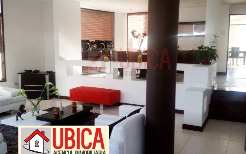 Casa en venta Azores I CERRO COLORADO   UBICA INMOBILIARIA