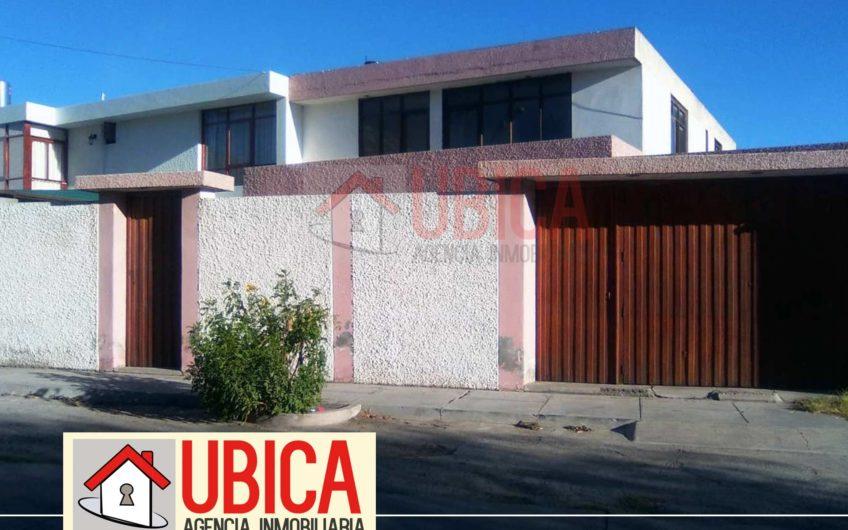 Casa como terreno Urb La Gruta Arequipa | UBICA INMOBILIARIA