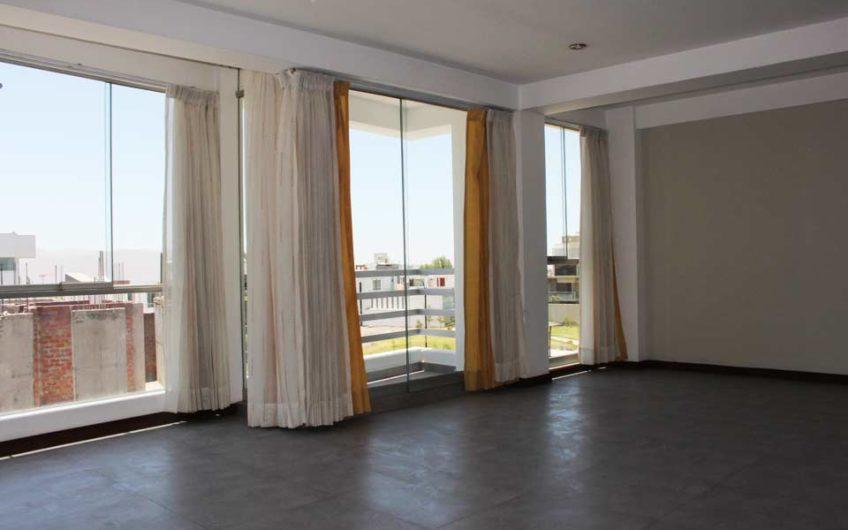 Dúplex Cerro Colorado en venta | Ubica Inmobiliara Arequipa
