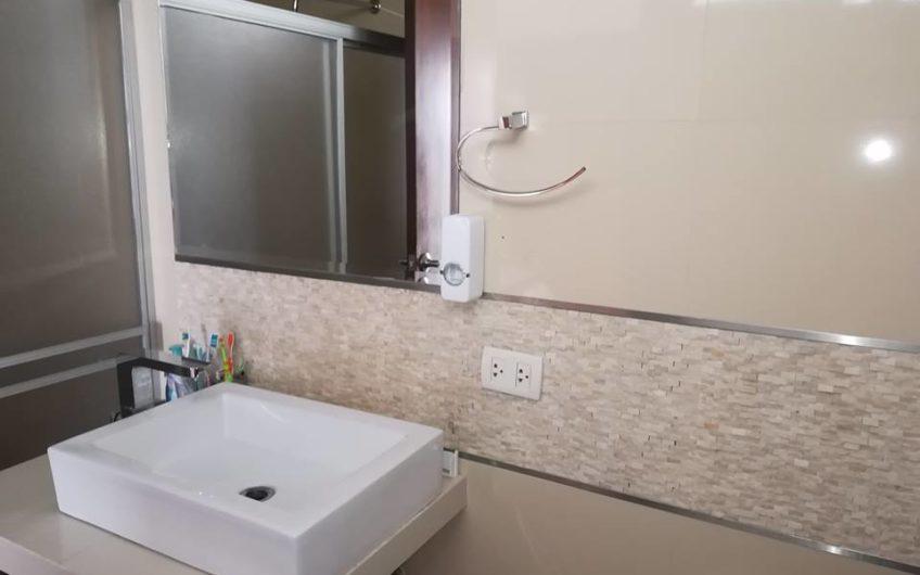 Baño Dormitorio principal Departamento Quinta Azores