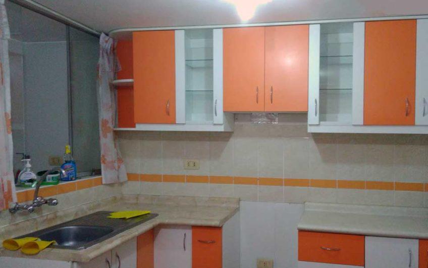 cocina departamento en cayma 3 dormitorios
