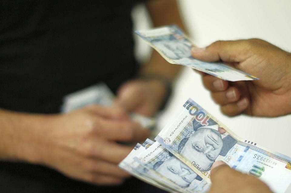 Arequipa es la cuarta región con mejor sueldo en el país